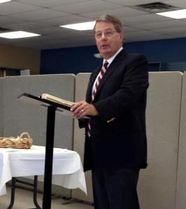 Dr. W. Robert Godfrey speaks at lunch break about how God uses the weak instrument of the church.